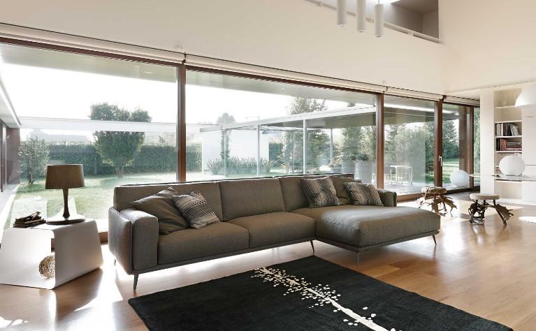 Salotto Moderno Bianco E Grigio : Arredamento grigio e marrone. beautiful foto soggiorni moderni